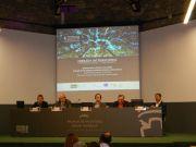 Από δεξιά ο κ. Luis Andres Orive, ο κ. Maria Marti Viudes, ο καθ. Timothy Beatley, ο καθ. Zbigniew Kaminski και ο κ. Marco Fritz της DG ΧΙΙ της ΕΕ